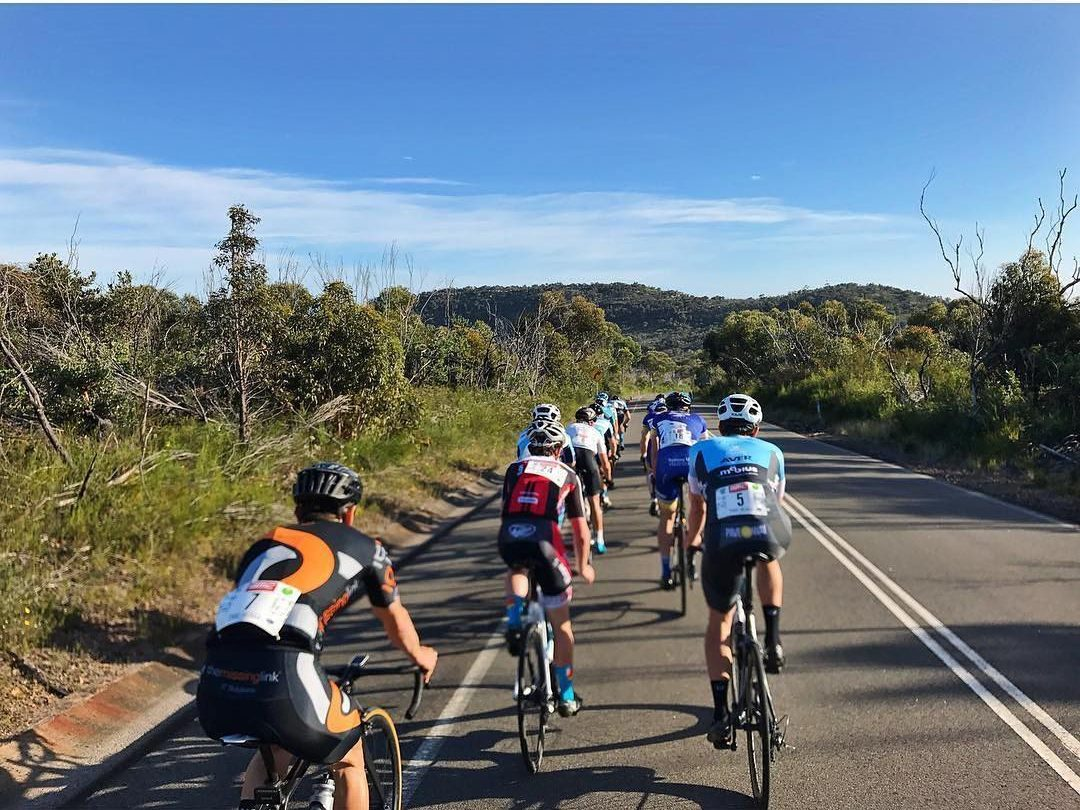 The Elite riders at The Wall were super smooth and organised as this mid race pic shows. This is how you do 5 laps of West Head in 2:30 with an average of 42km/hr #mwccthewall
